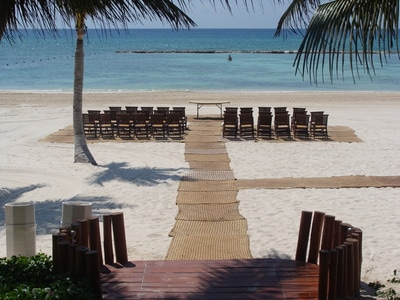 A Cozumel Island barefoot beach wedding by PJ
